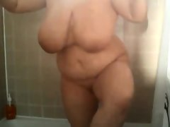 Brunette bbw housewife in the shower