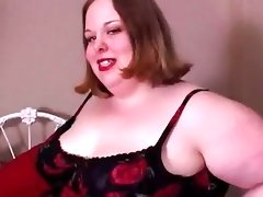 Big beautiful woman gives a great..