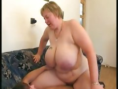 Mature bbw with huge titties
