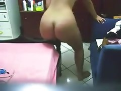 Nice ass chubby dances then fucks..