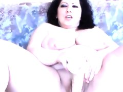Hot huge titted queen bbw divine..
